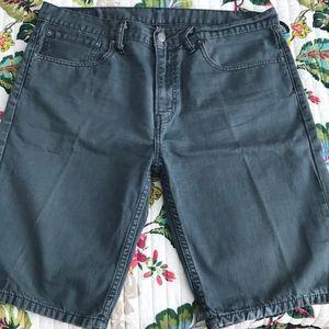 Levi's shorts Size 34